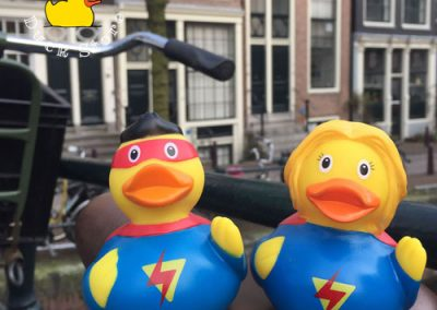 Is it 2 birds, is it 2 planes? No, it's Super Couple! @ Brouwersgracht, Amsterdam